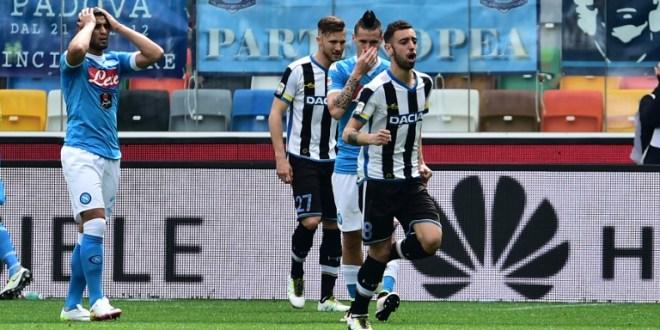 El Napoli cae con el Udinese y queda  a seis puntos de la Juventus