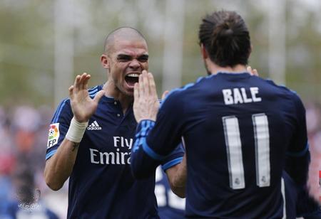 Real Madrid supera al Rayo y se sitúa como líder provisional
