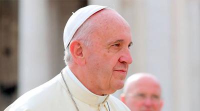 """Papa insta a los jóvenes a dejar el """"inmovilismo"""" por un mundo mejor"""