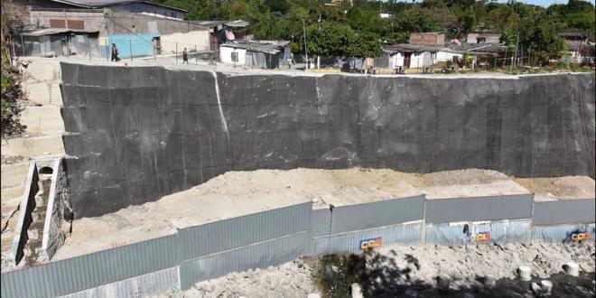 El MOP concluye obras de protección en La Isla I, San Salvador