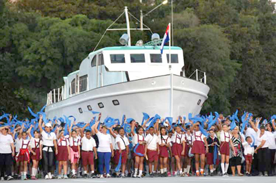 Desfile militar y cívico en Cuba, momentos de historia y continuidad