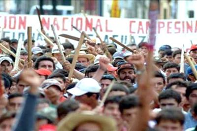 Campesinos paraguayos repudian represión