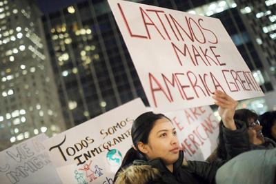 Estados Unidos lanza arremetida indiscriminada contra la inmigración ilegal
