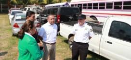 CONAB distribuye vehículos incautados en Operación Jaque