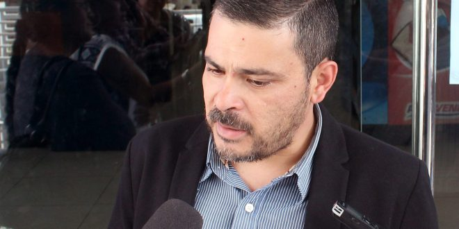 """ReDCo presentará """"aviso de investigacion"""" contra magistrado del TSE"""