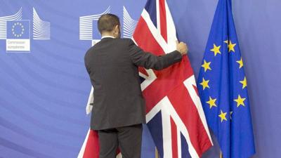 """Gran Bretaña inicia la salida """"irreversible"""" de la Unión Europea"""