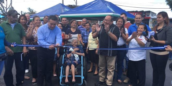 Comuna entrega calle en Altavista
