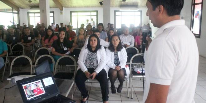Médicos salvadoreños formados  en Cuba buscan superar discriminación