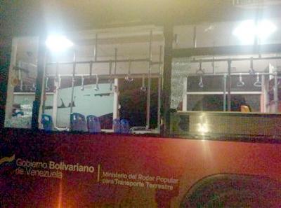 Gobierno venezolano condena ataques contra transporte público