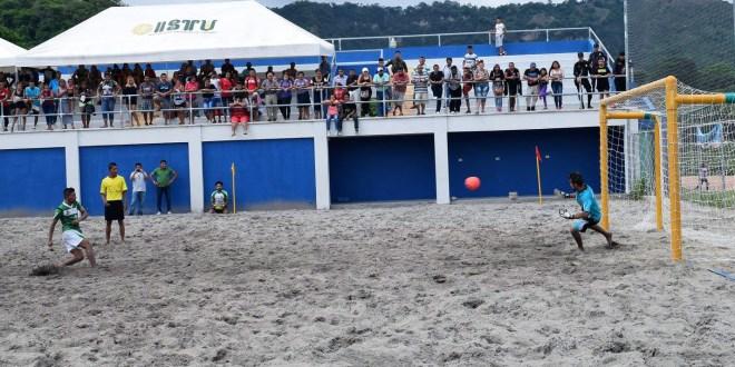 Barra de Santiago, monarca  de octagonal de fútbol playa