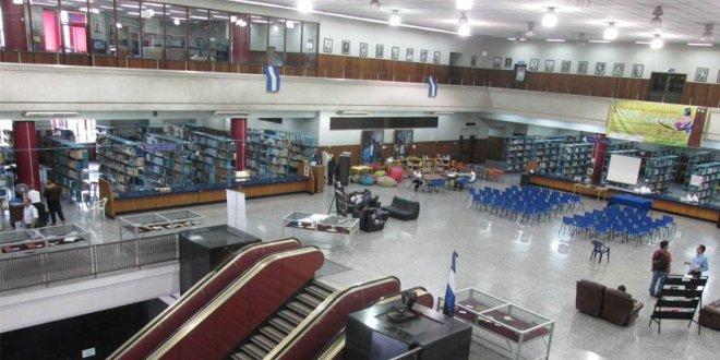 Biblioteca Nacional de El Salvador celebró 147 años de existencia