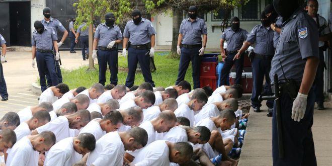 Trasladan a pandilleros vinculados en ataques a elementos policiales