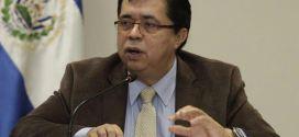 """""""Lo que defiende ARENA son los intereses de las AFP,  quieren que sus utilidades sean mayores"""": Roberto Lorenzana"""
