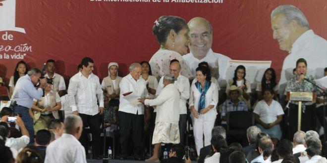 Presidente Sánchez Cerén  participa en Día Internacional  de la Alfabetización