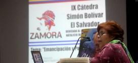 """Mirna Perla: """"es necesario crear un poder igual o superior al de la clase hegemónica"""""""