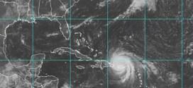 Huracán María azota a Puerto Rico y deja inundaciones y daños