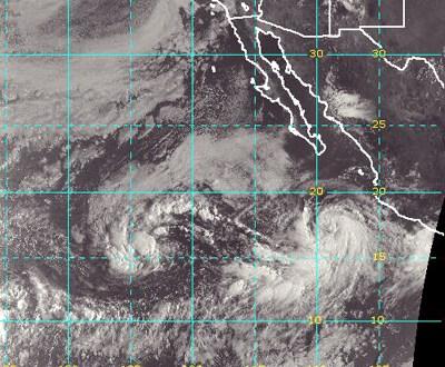 Max se convierte en huracán frente a costa del Pacífico mexicano