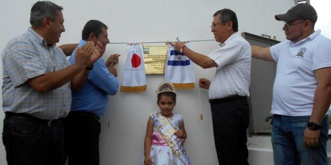 Embajada de Japón y municipalidad se unen para llevar agua a las comunidades