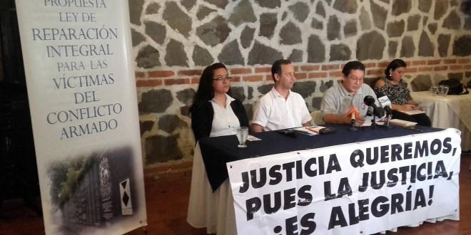 """""""No es un favor, exigimos un derecho"""": Reina Guerra"""