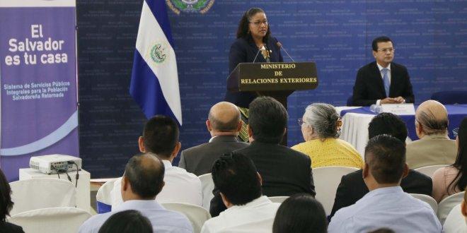 GOES presenta iniciativa en pro de los compatriotas retornados
