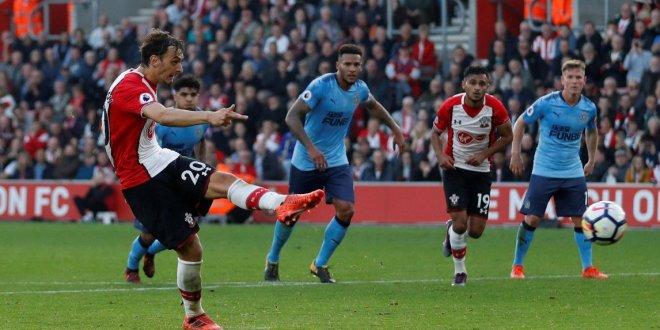 Newcastle empata y Rooney  da un punto al Everton