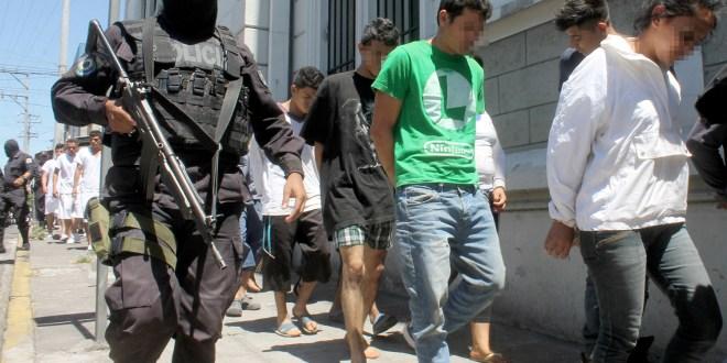 """""""Combate y persecución es lo único que tienen pandillas"""""""