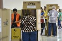 Miles de personas se acercaron a CIFCO para emitir el voto. Foto Diario Co Latino/ Manahen González.