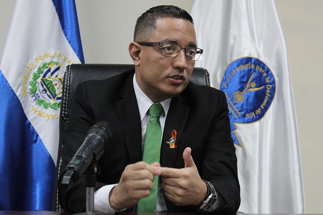 Procurador de DDHH desmiente a ministro Rogelio Rivas
