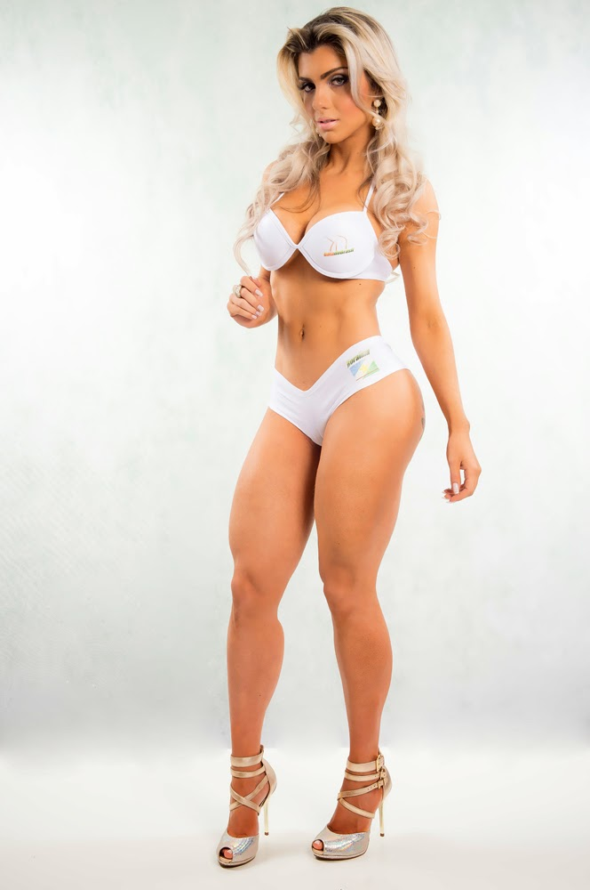 Conheça Talita Cogo que é considerada um dos corpos mais perfeitos do Brasil
