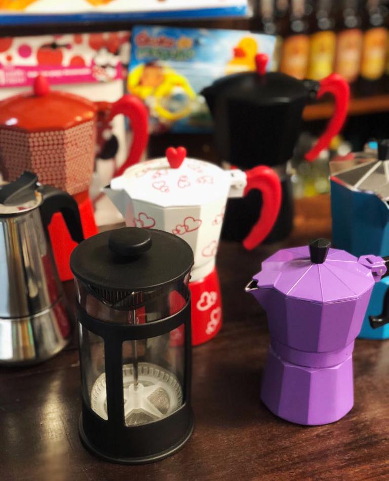 Três formas diferentes e fáceis de preparar café em casa