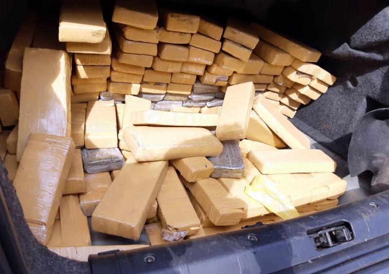 Preso em Itapema por transportar 356 quilos de maconha