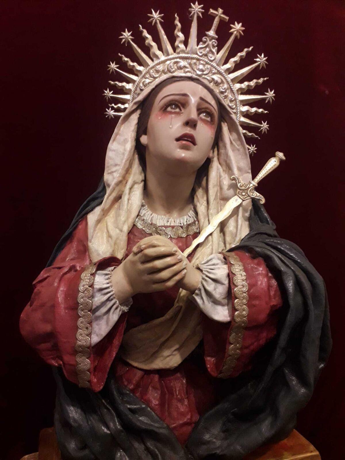 Dolorosa realizada por Luis González Rey en 1987, su primera obra.