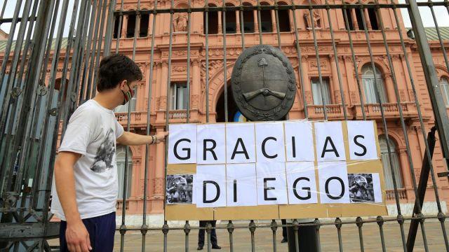 Murió Diego Maradona: será velado este jueves en la Casa Rosada y esperan un millón de personas | Diario de Cultura