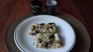 pastel de arroz, atún y queso