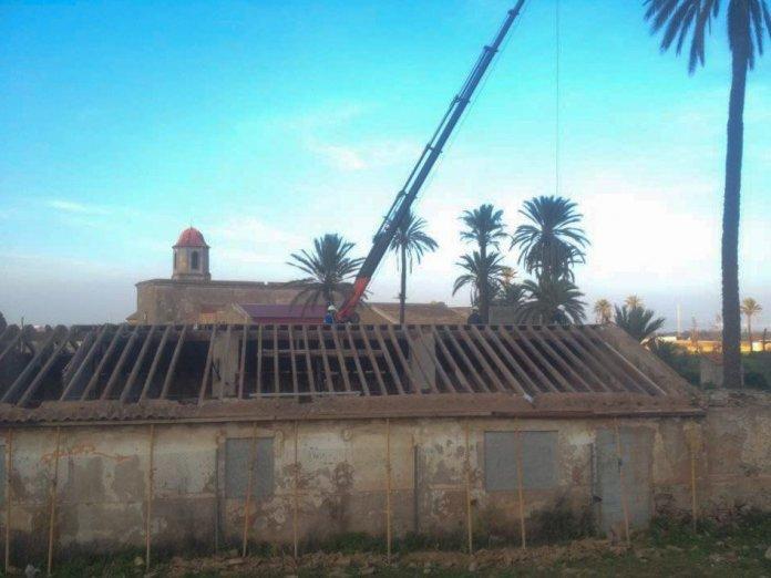 Esta semana Hansa Urbana inició un parcheo en la zona del molino del monasterio de San Ginés a instancias de la Comunidad Autónoma.