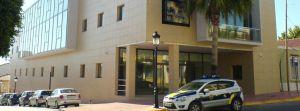 Condenan  al Ayuntamiento de San Miguel de Salinas a readmitir a un trabajador y a pagarle 7.000 euros