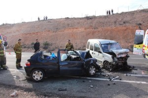 Fallecen tres personas en un accidente de tráfico en la N-332 a la altura de Torrevieja