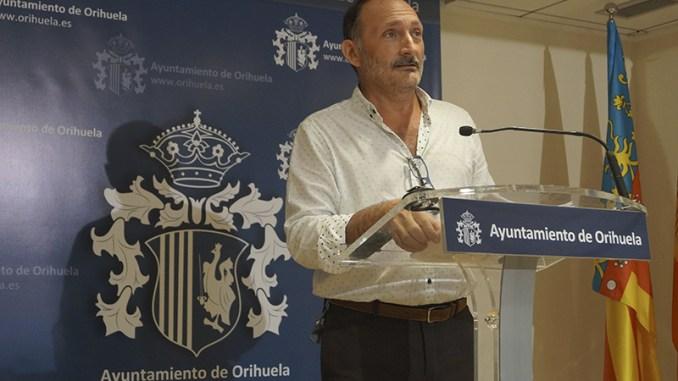Almagro2016