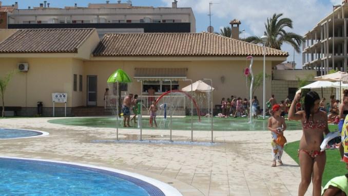 piscina renovada