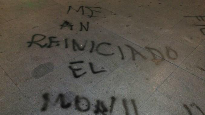 grafiti en parque de Almoradí