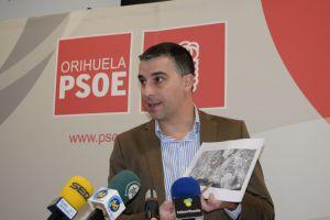 El PSOE presenta alegaciones para frenar la construcción de viviendas en Cala Mosca