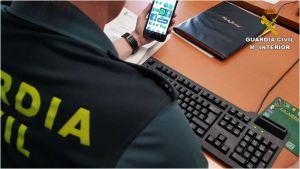 La Guardia Civil detiene a cuatro personas por celebrar una fiesta en una casa de Torrevieja