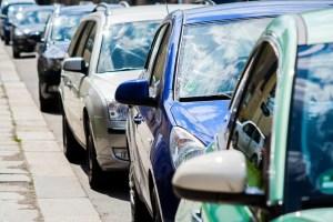 Entre 300 y 1.000 euros de multa por ir más de una persona en coche durante el estado de alarma