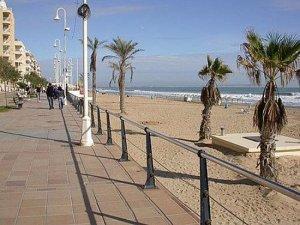 En Guardamar las playas están preparadas, a partir de mañana se autoriza estancia, baño y pesca