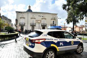 Detenido un menor tras robar de un tirón el bolso a una mujer en Orihuela