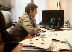 Mazón traslada a Puig su apoyo para instar al Gobierno a incrementar las medidas de seguridad frente al coronavirus