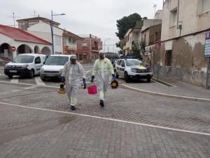 Benferri hace frente al coronavirus con la limpieza y desinfección de los espacios públicos