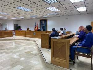 El Ayuntamiento de Torrevieja pone en cuarentena a parte de su plantilla tras confirmar un caso de Coronavirus entre sus trabajadores