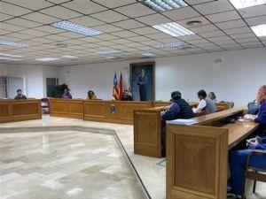 El Síndic de Greuges da la razón a Dolón y no autoriza a los grupos de la oposición el uso del salón de plenos para ruedas de prensa