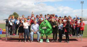 Gran éxito de las I Olimpiadas de la Alcachofa entre los escolares de Almoradí